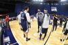 图文-NBA全明星训练 商讨战术