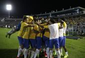 世预赛南美区巴西4-1乌拉圭
