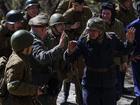 俄军迷再现卫国战争场景