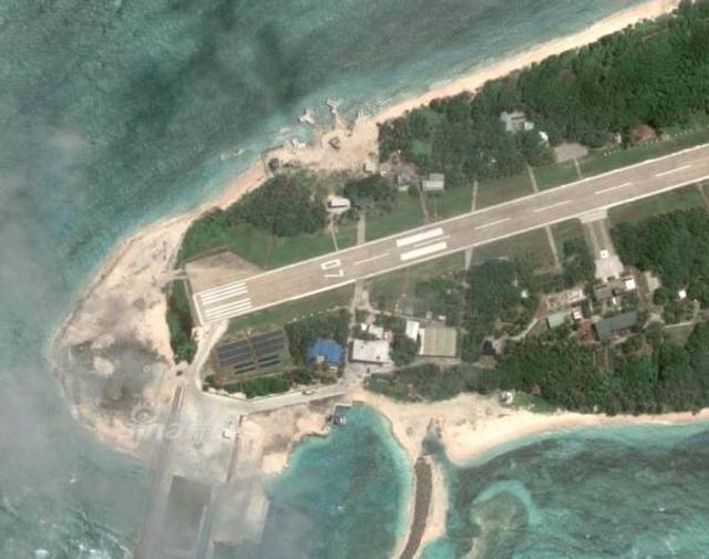 台湾在太平岛滩头建神秘设施