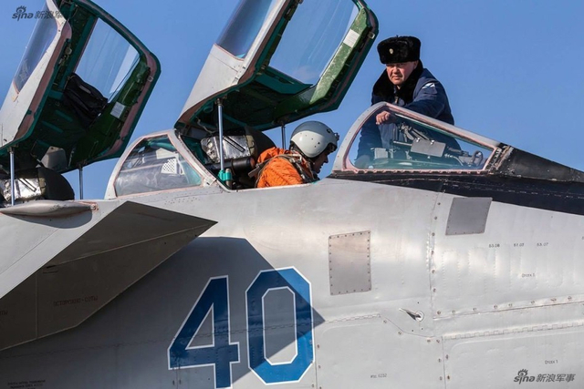 俄米格31战机到日本海演习