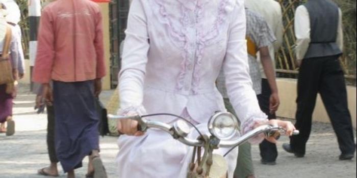 《中国远征军》李玥知性形象演绎归国女翻译