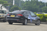 福特蒙迪欧全国新车15.00万起,最低8.3折
