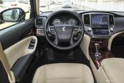 空间足够,操控给力,最高还能便宜3.52万,这样的丰田皇冠不来一沓?