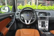 空间足够,操控给力,最高还能便宜8.37万,这样的沃尔沃S60L不来一沓?