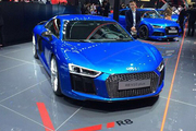 视频:2015上海车展豪车超跑新一代奥迪R8
