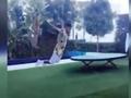 内马尔家中练习跳水