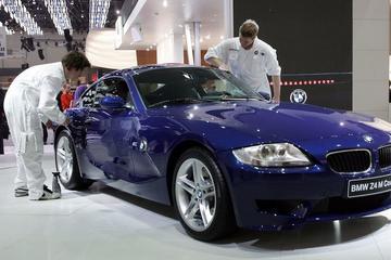 宝马因引擎起火风险增加召回18.5万辆汽车