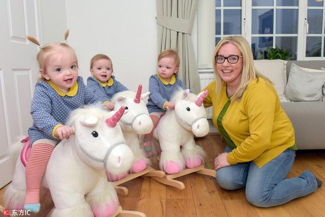 44岁的Rebecca Wooldridge和她49岁的丈夫David来自英国伯明翰。从2006年以来,他们一直想要个孩子,但却一直没有结果。