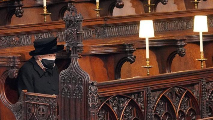 英国菲利普亲王葬礼举行