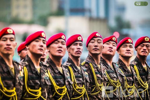 2018年7月10日,蒙古在乌兰巴托举行阅兵式纪念1921年革命日。