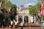 英国允许本科三年缩至两年