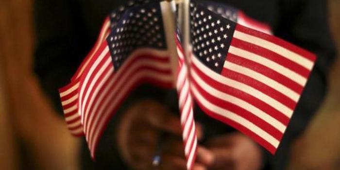 美国移民人口比例创新高 中印高学历者激增