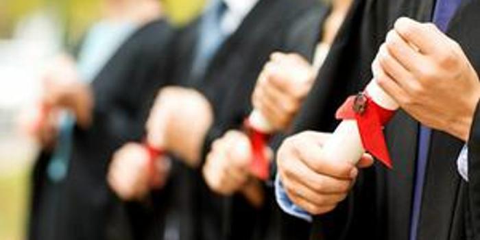 """教育部启动实施全国高校与湖北高校毕业生就业创业工作""""一帮一""""行动"""