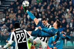 Ronaldo takes Juventus for a bicycle kick