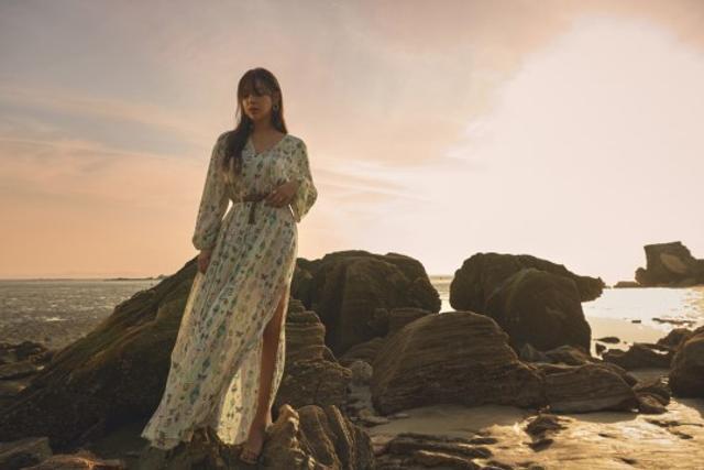 韩女星朴诗妍拍宣传写真