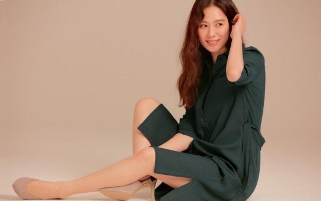 韩女星金贤珠拍宣传写真