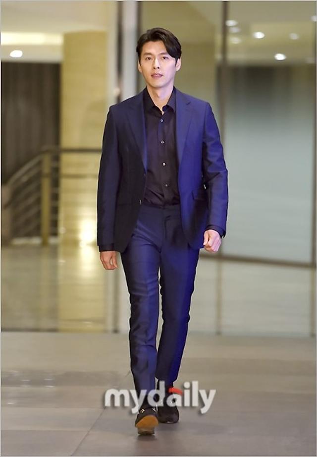 新浪娱乐讯 3月14日上午,韩国艺人玄彬在首尔某酒店出席了代言品牌举行的新品发布会。吕东垠/文 版权所有Mydaily禁止转载