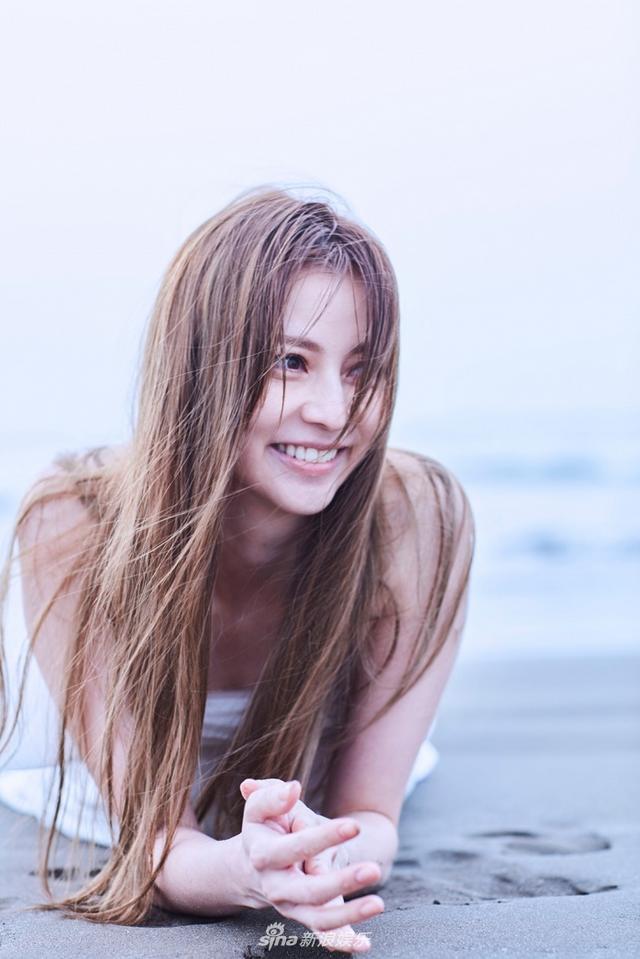 新浪娱乐讯 日本女星香里奈时隔7年拍摄写真集,称该写真是相当用心制作的一部作品,预计于生日当天发行。