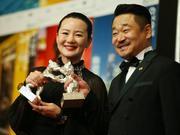 王景春咏梅曝获奖理由:评委一致通过,不能单独给