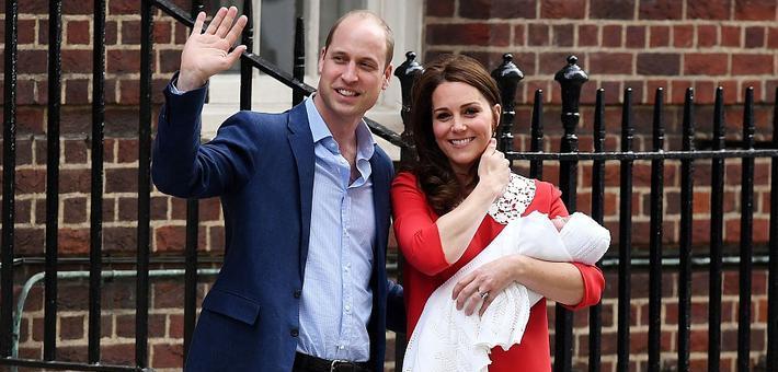 凯特王妃产后亮相小王子萌照曝光