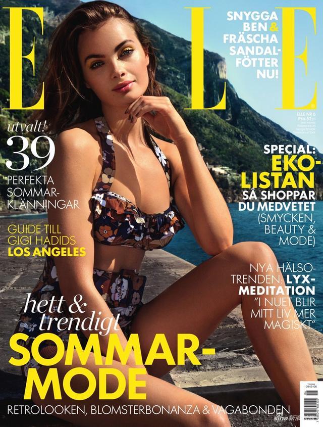 瑞典美模MOA化身海边复古美人鱼,身穿高腰裤秀完美大长腿。