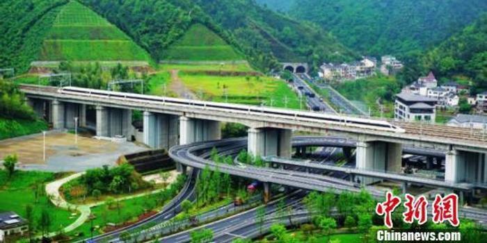 長三角鐵路8天送客2121.4萬人次 6日迎返程高峰