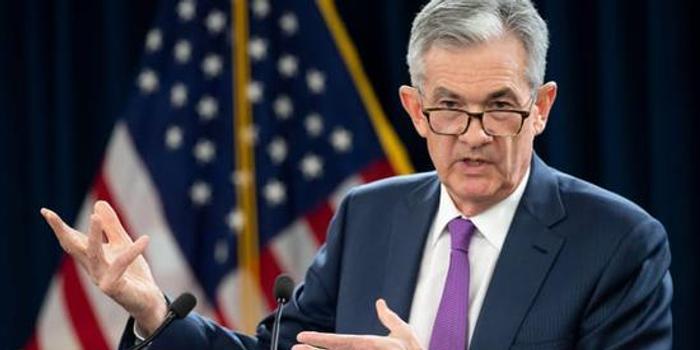 """鲍威尔:目前的货币政策立场""""保持在?#23454;?#20301;置"""""""