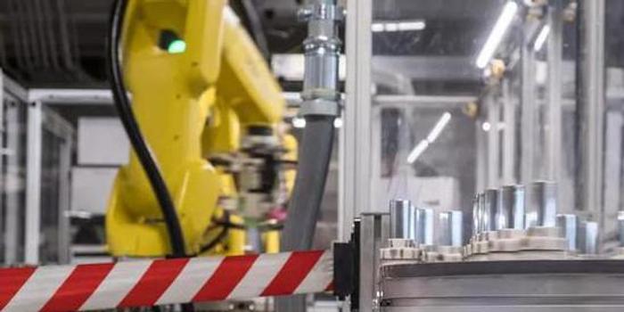 特斯拉:松下電池供應不足 影響Model 3產量