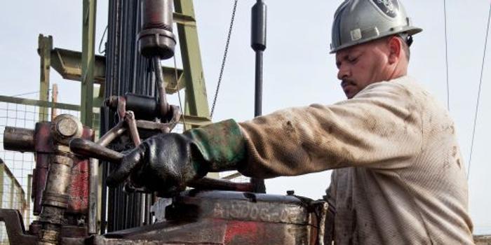 周三美油躍升8.7% 抹去圣誕節前跌幅