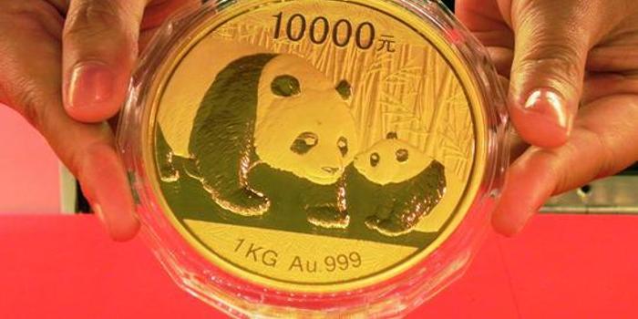 黃金期貨周四下跌1.6% 跌穿1300關口