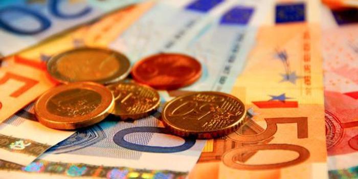 西班牙宣布將最低工資標準提高5.5%