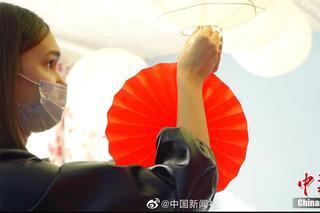 """中国留学生咋过年?包""""中俄混血""""饺..."""