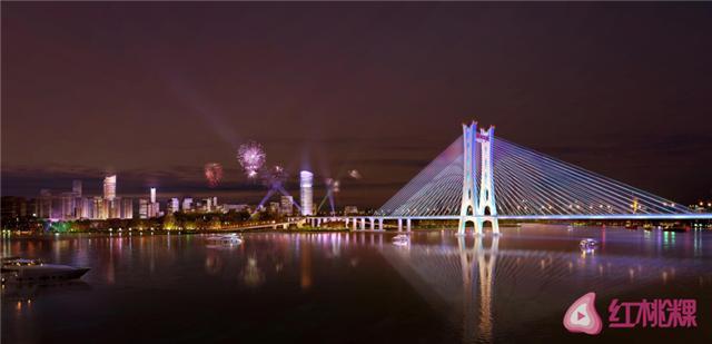 这两晚,潮州大桥上的灯亮了,璀璨绚丽的灯光引来一片点赞。