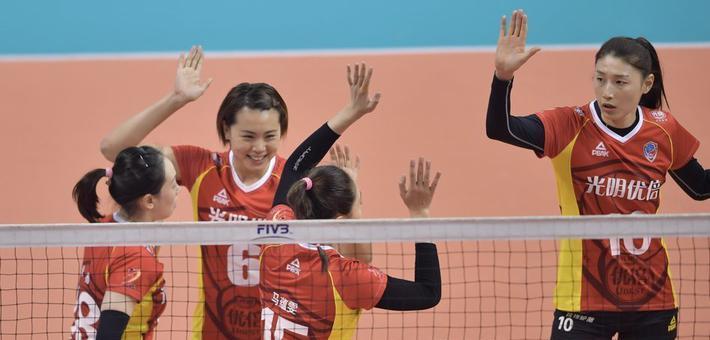 排超半决赛II江苏女排负上海