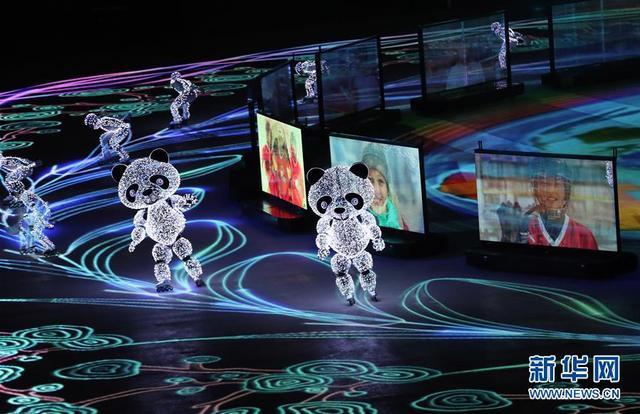 近年来,辽宁结合自身优势,大力发展机器人产业,以机器人和智能制造引领辽宁经济转型升级,取得积极进展。