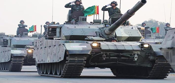 VT4压轴登场!泰阅兵中美法战车全亮相