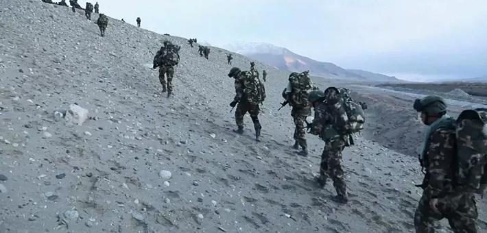 少见:新疆武警在帕米尔高原这样反恐