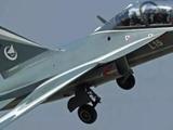 中國L-15B高教機為何獲多國青睞 可當成戰斗機使用