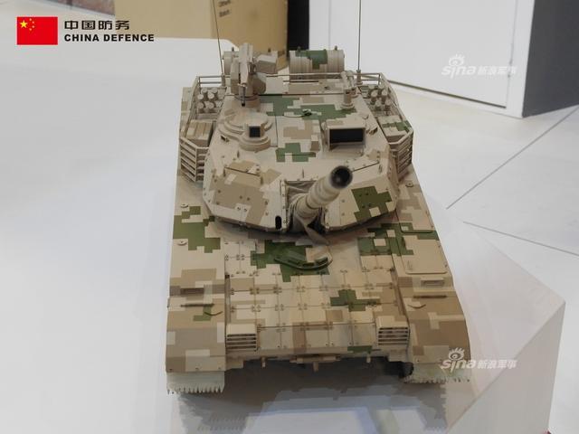 在本次马来西亚防务展上,中国北方工业展出了拳头外贸武器----VT-4主战坦克!购买VT-4坦克的泰国陆军对其评价极高,希望VT-4坦克能在本次防务展上再拿大单!(新浪军事独家拍摄,全网首发)