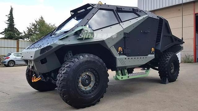 据The Drive网站6月4日报道:2018年6月10日将在将在巴黎开幕的两年一度的欧洲防务与安全贸易博览会上。这款全新的Mantis原型车将会首次公开亮相。自2018年5月以来,Carmor公司一直发布车辆图像和细节以宣传设计。这似乎是该公司三年多以来的第一个新产品。(烽火军事)