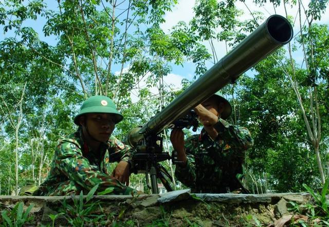 1946年6月29日越南人民军正式建立了炮兵部队,在中国和苏联的帮助下获得了快速的发展,上世纪90年代以前是东南亚不可轻视的一支力量。(鼎盛军事)