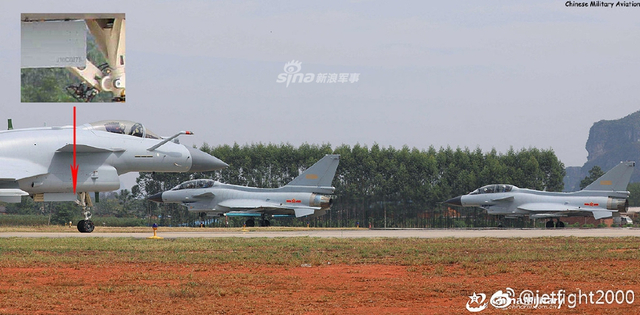 在生产并交付至少75架02批次J-10C后,中航成飞新的03批次J-10C(0302,0303)已开始交付南部战区空军。(来源:军网英文/jetfight2000)