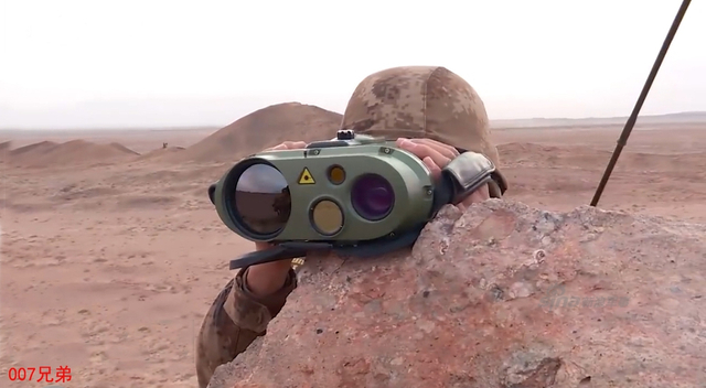 我国产炮射制导弹药近年来取得突飞猛进的发展。近日在陆军某部演习中,可供10式120毫米迫榴炮使用的中国国产制导迫弹准确命中目标。(来源:鼎盛 007兄弟)