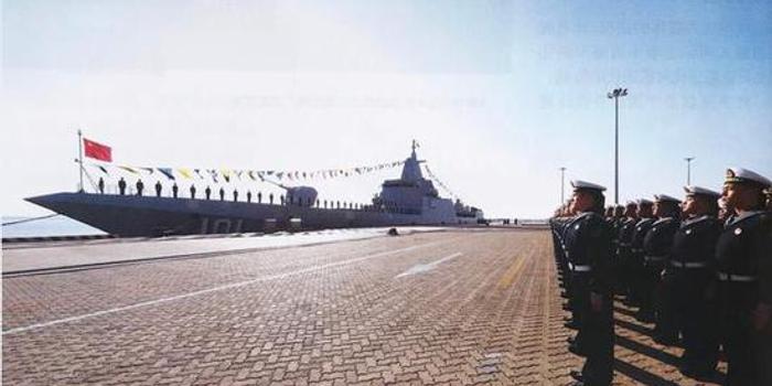 055大驱远洋补给画面曝光 尺寸与903补给舰接近(图)