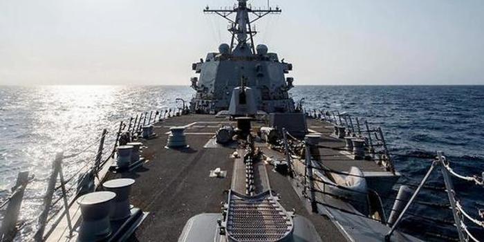 一个月三次!美国军舰再次通过台湾海峡(图)