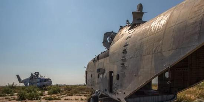 中國一直渴望擁有俄空中巨獸被棄野外 拆得只剩骨架