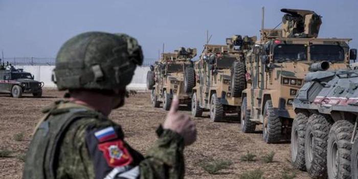 美俄军队在叙利亚发生撞车事件 美军拒绝评论