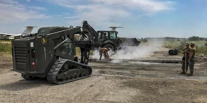 美出錢出兵在距俄幾公里的烏克蘭軍事基地大興土木