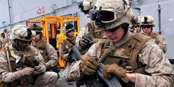 美海军陆战队要转型 美媒:将成为中国导弹的牺牲品